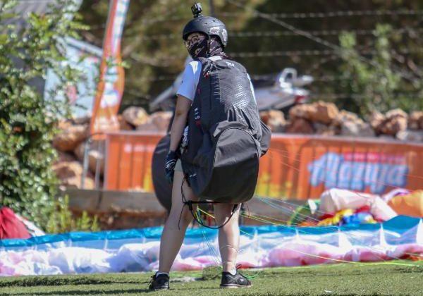 Alanya'da yamaç paraşütü müsabakaları yapıldı