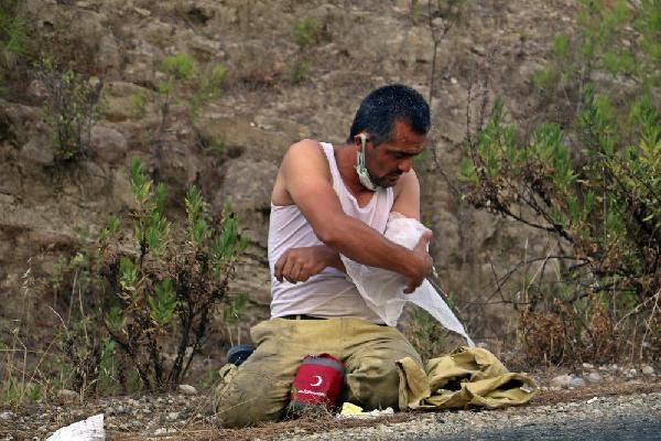 Alevlerle 220 saatlik savaşın kahramanları/ Ek fotoğraflar
