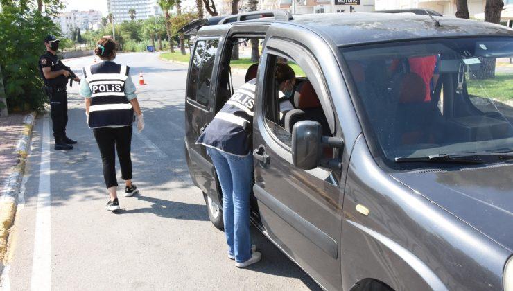 Antalya'da 5 bin 710 şahıs sorgulandı, aranan 9 şahıs yakalandı