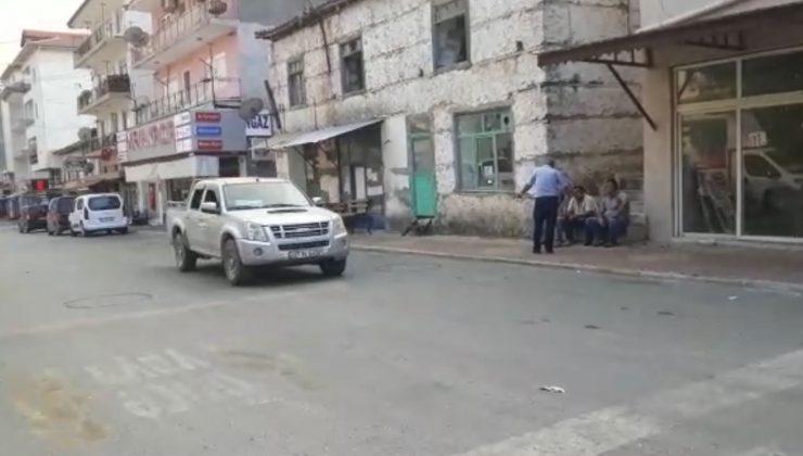 Antalya'da alevlerin yaklaştığı Gündoğmuş tahliye ediliyor