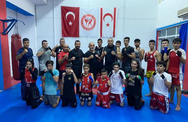 Antalyalı antrenörden KKTC'de muaythai eğitimi