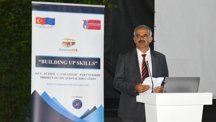 AÜ'de stratejik ortaklık projesi çoğaltıcı etkinliği gerçekleştirildi