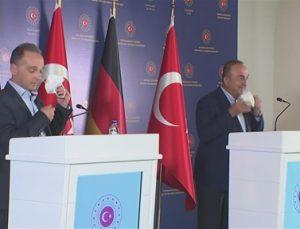 """Bakan Çavuşoğlu: """" Afganistan'da 3.5 milyon kişi yerinden edilmiş durumda"""""""