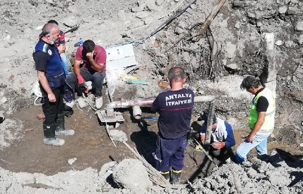 Büyükşehir İtfaiyes Bozkurt'ta çalışmalarını sürdürüyor