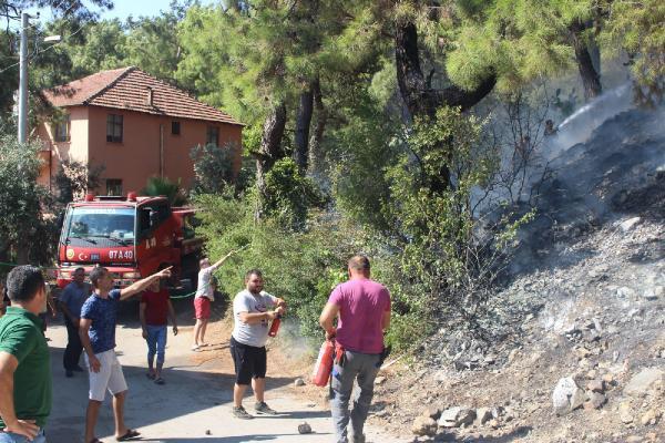 Çamyuva'daki yangın el birliğiyle söndürüldü