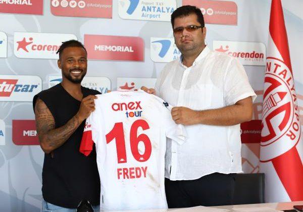 Fraport Tav Antalyaspor, Fredy Ribeiro'nun sözleşmesini uzattı