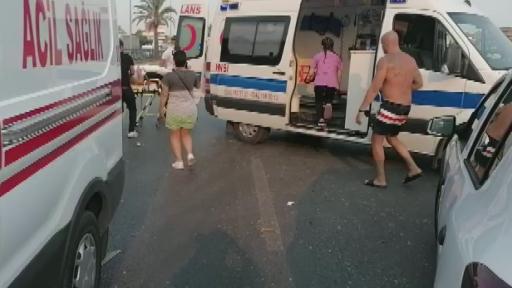 Havaalanına giden otobüs takla attı: 3 ölü, 5 yaralı (1) | Antalya Hakkında
