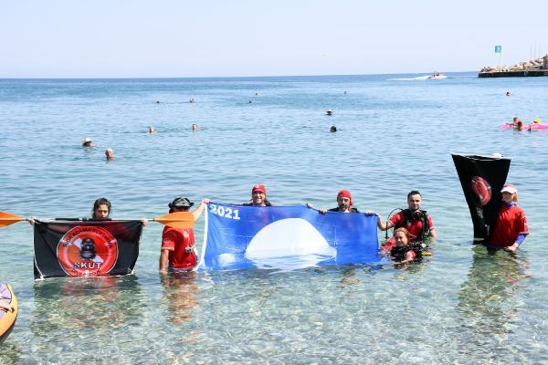 Kemer'de deniz dibi temizliği