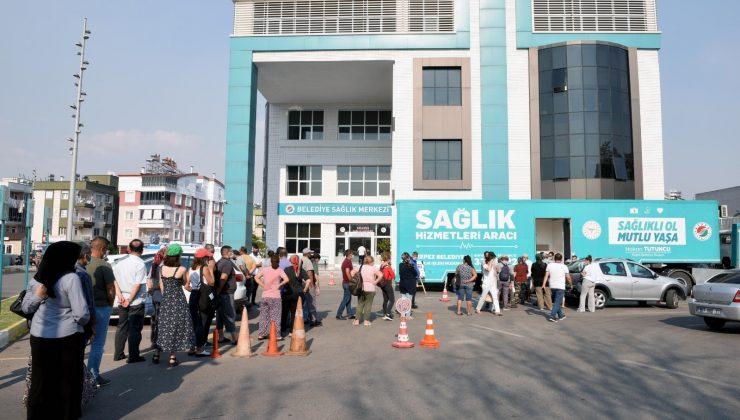 Kepez'de kampanyanın ilk gününde 210 kişiye aşı yapıldı