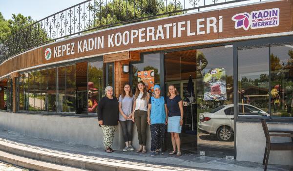 Kepez'den kadın emeğine satış desteği