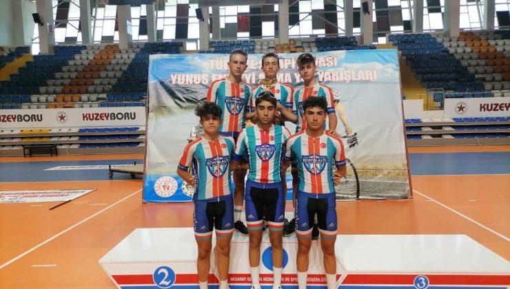 Konyaaltı'nın Bisiklet Takımı, 265 sporcu  arasında üçüncü oldu