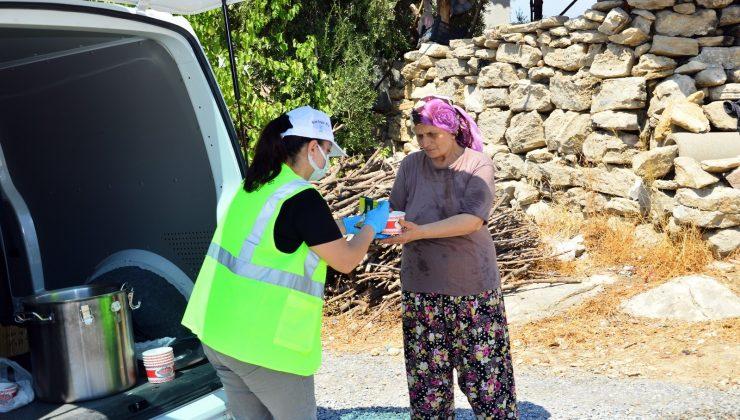 Manavgat Belediyesi'nden aşure ikramı