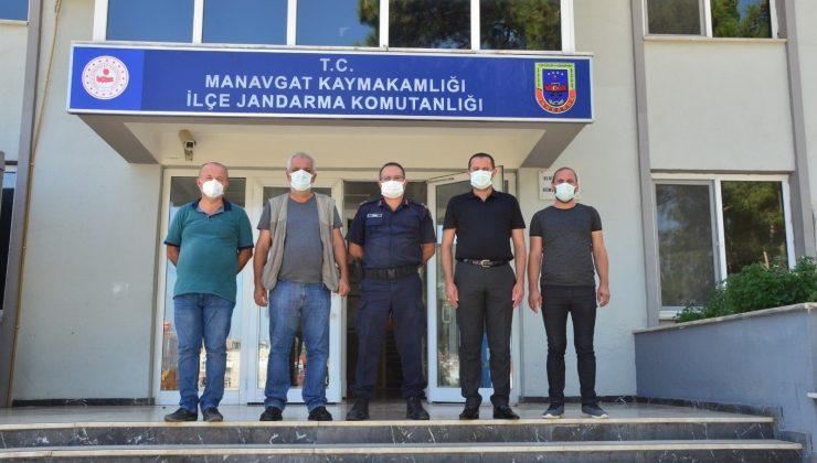 Manavgat'taki basın mensupları ilçe jandarma komutanı ile bir araya geldi