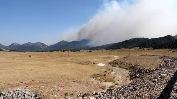 Manavgat'taki büyük yangın 8'inci gününde (14)