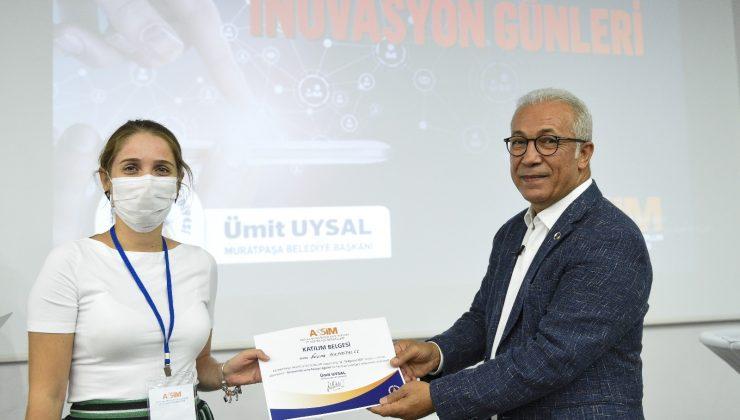 Muratpaşa ASSİM'de girişimci adayları sertifikalarını aldı