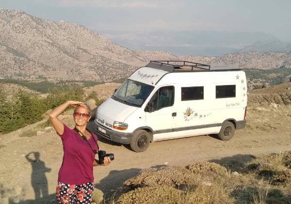 Özgür kadın karavancılar