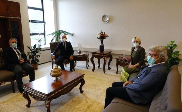 Rektör Özkan'dan, YÖK Başkanı Özvar'ı ziyaret