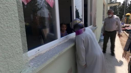 Sancaktepe Belediye Başkanı Döğücü, yardım için geldiği Manavgat'ta küçük Melike'ye umut oldu