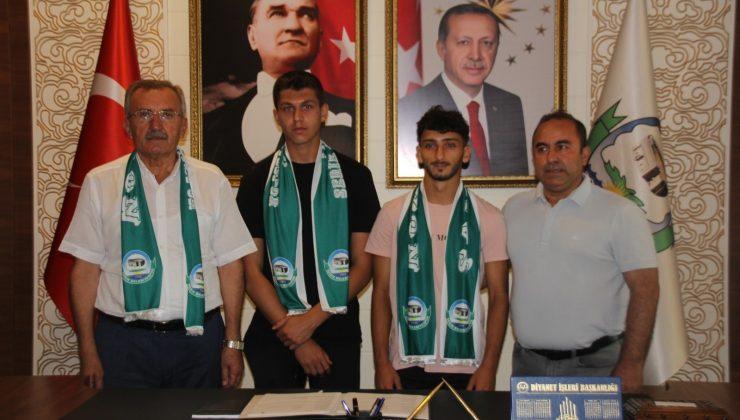 Serik Belediyespor alt yapıdan 2 oyuncu ile sözleşme imzaladı