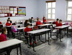 'Kovid-19 Salgınında Okullarda Alınması Gereken Önlemler Rehberi' il milli eğitim müdürlüklerine gönderildi