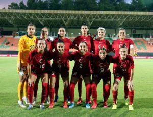 A Milli Kadın Futbol Takımı, Portekiz'le berabere kaldı (FOTOĞRAFLAR)