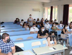 Akdeniz Üniversitesi'nde yüz yüze eğitim önlemlerle başladı