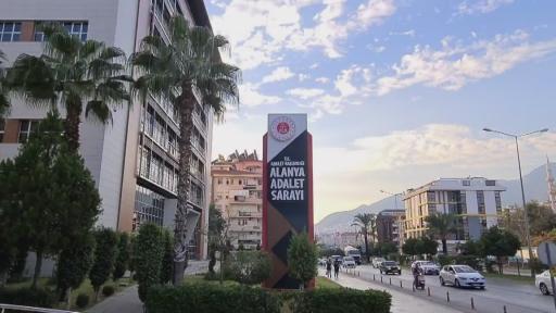 Alanya'da dehşet saçıp polisi peşine takan sürücü tutuklandı