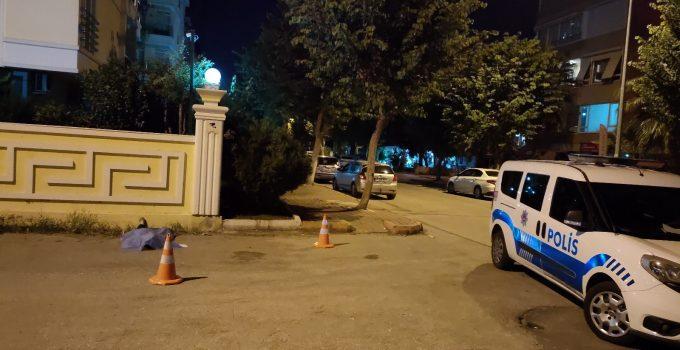Antalya'da yolda yürüyen kişi fenalaşarak hayatını kaybetti