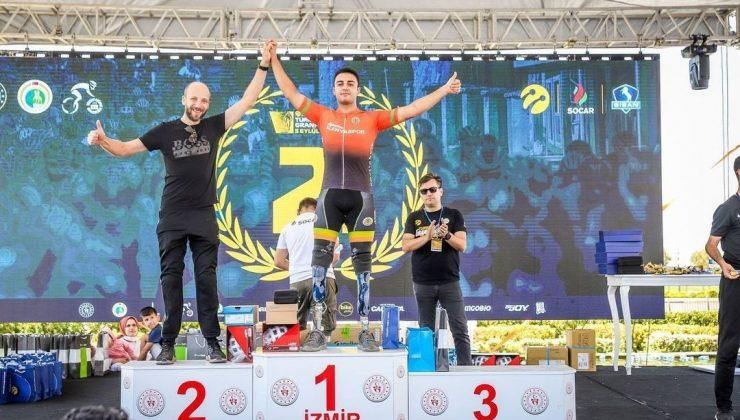 Aytemiz Alanyaspor Bisiklet Takımı, İzmir'den madalya ile döndü