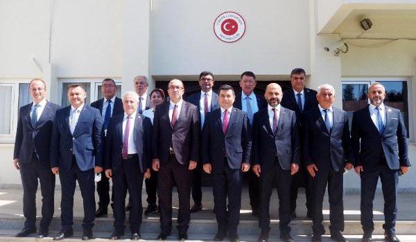 Başkan Yücel protokol için Kıbrıs'ta