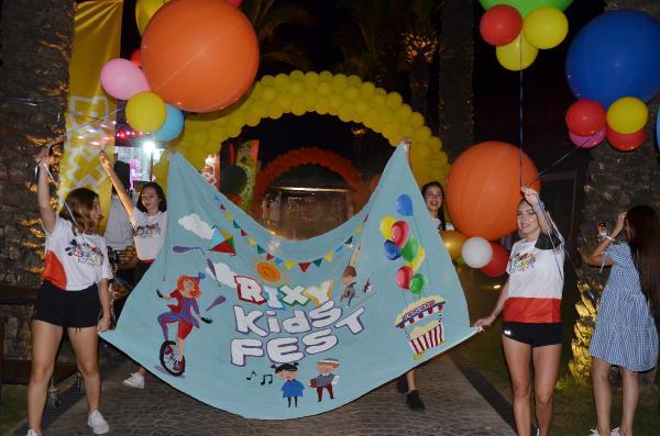Çocuklar, Rixy Çocuk Festivali'nde eğlendi