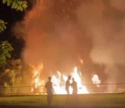 Dünyaca ünlü falezlerde bulunan parkta yangın