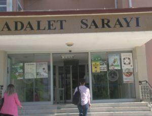 Elmalı davasında anne ve üvey baba tutuksuz yargılanmasına avukatlardan tepki