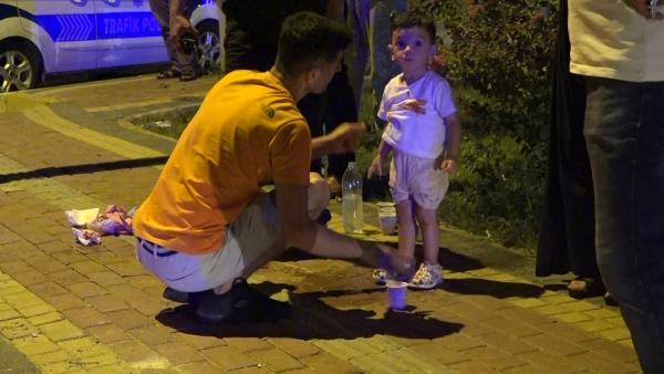 Kaza sonrası oğlunun üzerindeki kanı suyla temizledi
