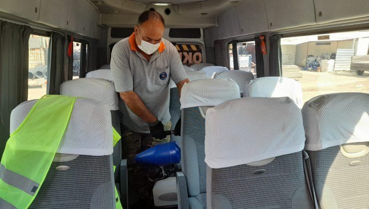 Kemer'de okul servislerine dezenfekte çalışması