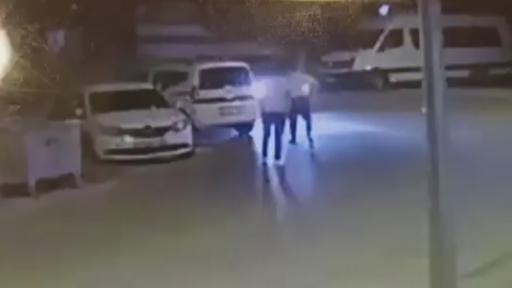 Kız meselesi yüzen tartışmada pompalı tüfekle vurup defalarca tekmeledi…Dehşet anları kamerada