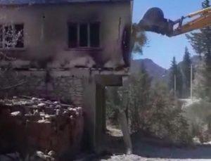 Manavgat'ta 7 cami ve 7 lojman yangında zarar gördü