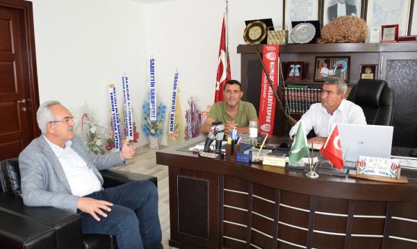Milletvekili Aydın'dan Kumluca Ziraat Odası'na ziyaret