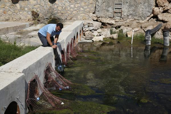 Mira'nın kapanları, 1.8 ton atığın denizi kirletmesini önledi