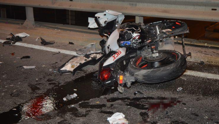 Motosikletin paramparça olduğu kazada sürücü yaralandı