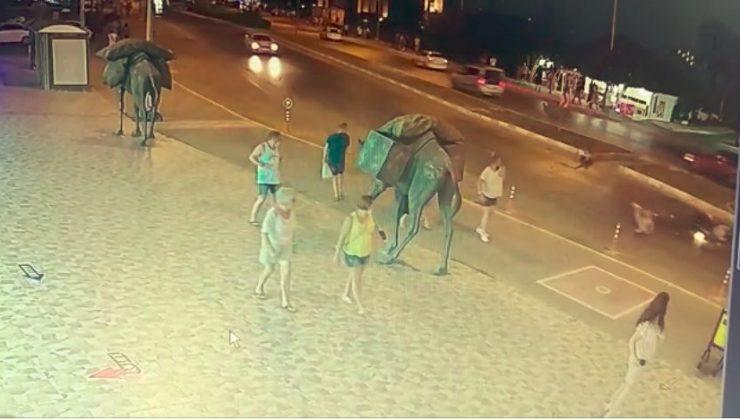 (Özel) Motosikletin çarptığı Alman çift metrelerce savrularak yaralandı