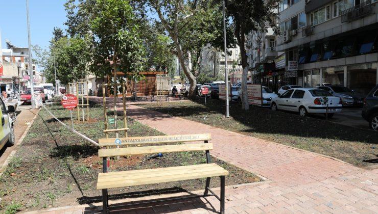 Şarampol Caddesi'ne yeni meydan