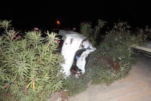 Sürücünün kontrolünden çıkan otomobil takla attı
