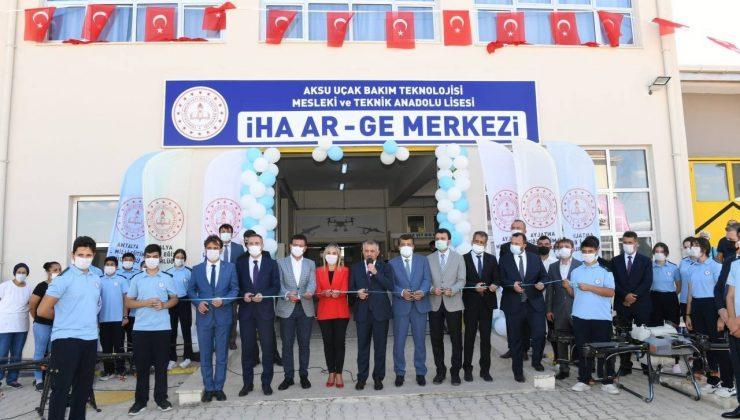 Aksu Uçak Bakım Teknolojisi Mesleki ve Teknik Anadolu Lisesi İHA AR-GE Merkezi açıldı