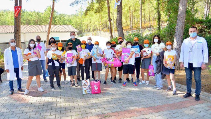 Alanya Sahipsiz Hayvan Geçici Bakımevi ve Rehabilitasyon Merkezi, öğrencileri ağırladı