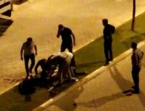Alanya'da, 2 kardeşin yaralandığı bıçaklı kavga kamerada