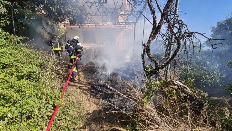 Alanya'da bahçe yangını kısa sürede söndürüldü