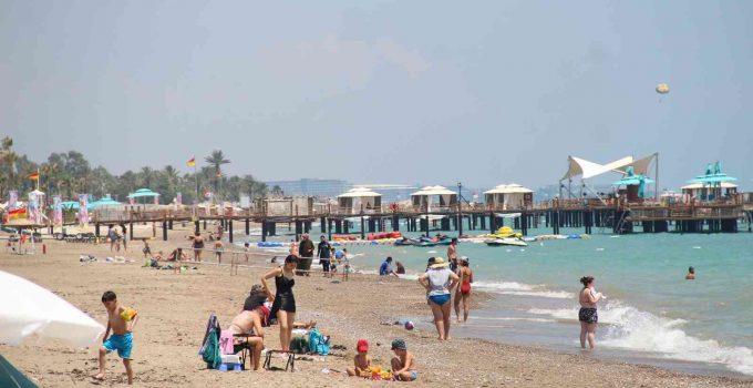Antalya turizmdeki en iyi Ekim ayını yaşıyor