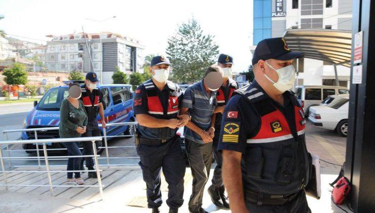 Antalya'da fuhuş operasyonu: 2 gözaltı