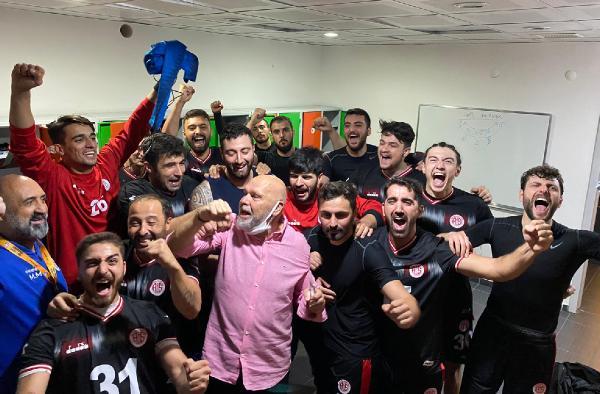 Antalyaspor hentbol takımında hedef 4'te 4 yapmak